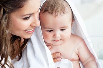 Hogyan előzzük meg az uszodai megfázást babánkkal?
